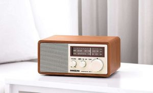 tabletop radios