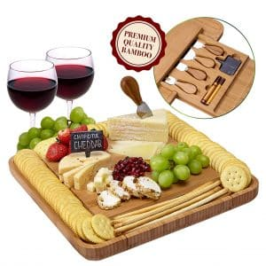 Weegee Cheese Board with Stainless Steel Knives