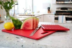 plastic cutting boards