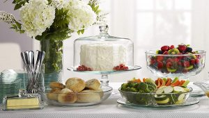 cake stands with dome