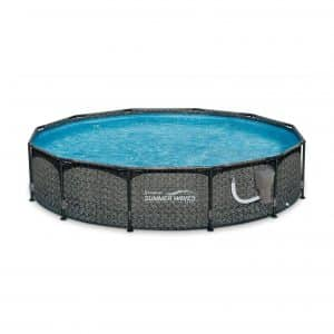 Summer Waves Outdoor Swimming Pool